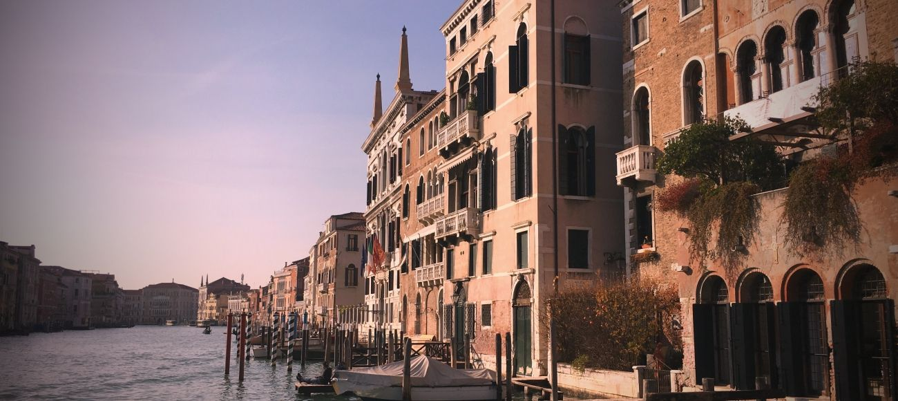 reach venice on Bologna tour on transfer from florence