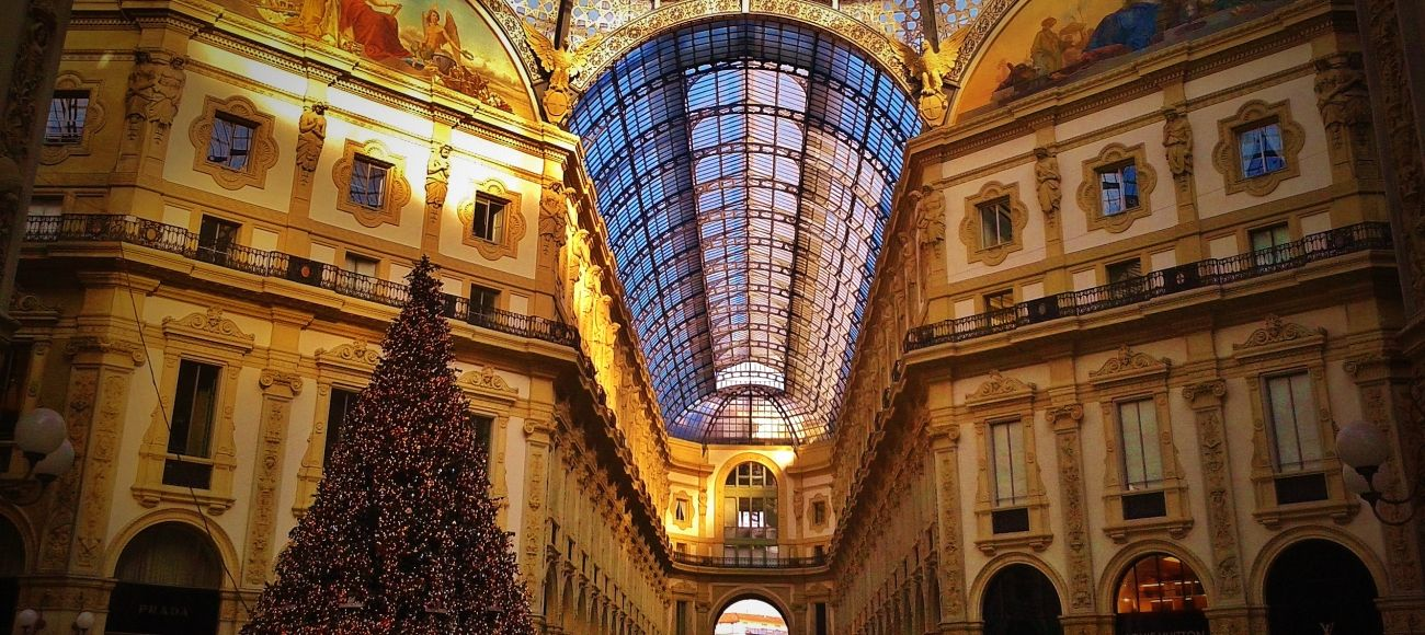 Galleria in MIlan on transfer tour Milan from to florence with stop at the Ferrari Museum and factory