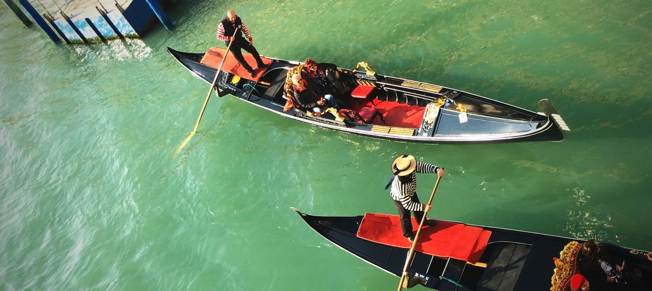 Gondola Ride in Venice during your Private Daily Tour from Tuscany